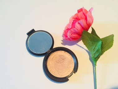 Becca Highlighter Collection   Tayler's Edit