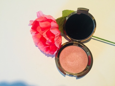 Becca Highlighter Collection | Tayler's Edit