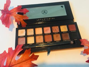 Anastasia Beverly Hills Soft Glam Palette | Tayler's Edit