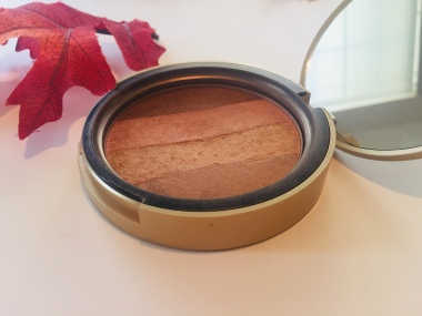 Too Faced - Beach Bunny Bronzer | Tayler's Edit