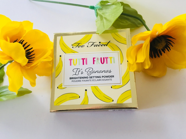 Too Faced: It's Bananas Brightening Setting Powder Review | Tayler's Edit