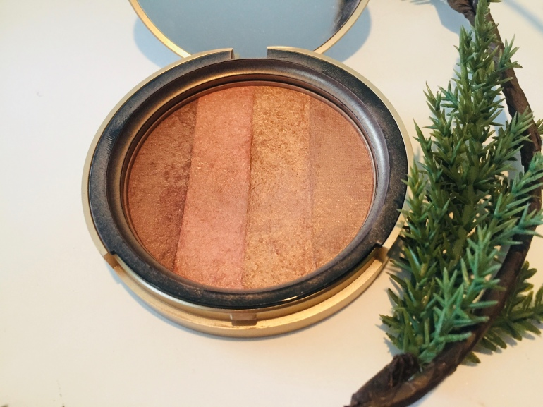 Too Faced Beach Bunny Bronzer Project Pan | Tayler's Edit