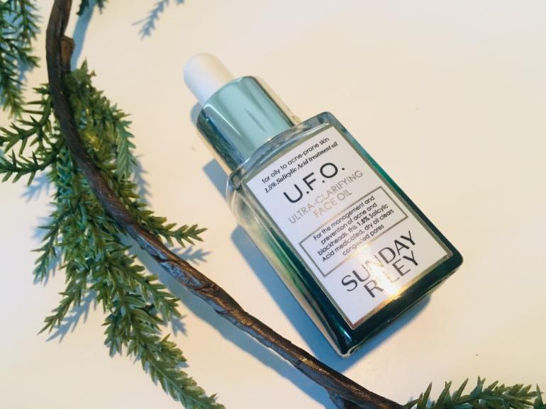 Sunday Riley: U.F.O Ultra-Clarifying Face Oil Review | Tayler's Edit